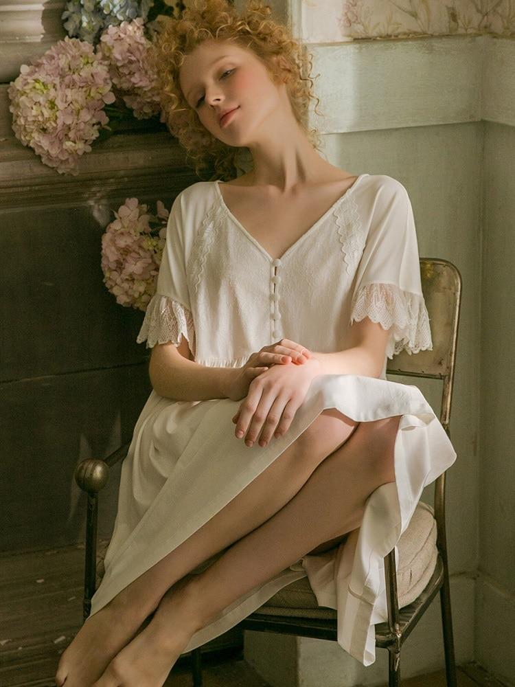 2019 Summer White Cotton Sweet Women's Nightgowns Soft Loose Sleepwear Elegant Vintage Princess Lace Night Dress 19523