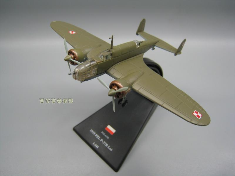 AMER 1/144 Military Model Toys PZL P-37 Fighter Diecast Metal Plane Model Toy For Collection/Gift/Decoration