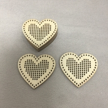 50pcs wholesale heart shape wooden cross stitch for diy projects and crafts