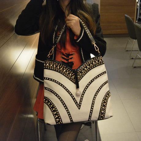 Ladies bag 2018 new wave Korean version of the diamond bag Women handbag rivet fashion casual shoulder slung female big bag цены