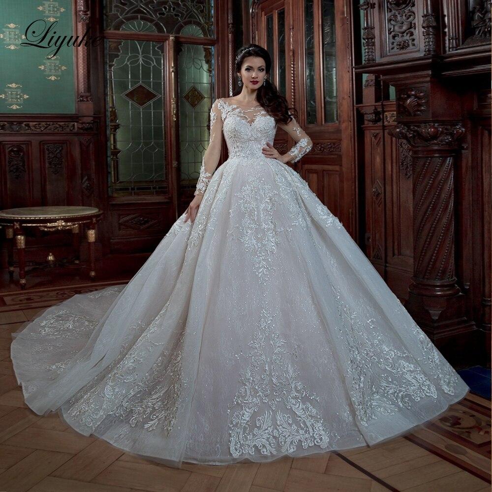 Liyuke manches complètes de robe de bal robe de mariée couleur blanche avec encolure dégagée de Train à lacets vestido de noiva