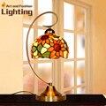 Tiffany Lâmpada de Mesa Para O Quarto de Vidro Colorido de lótus Lâmpada de Vidro Lâmpada De Mesa Novidade Presentes Iluminação Decorativa Do Vintage