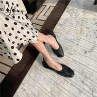 YIFSION جديد أزياء الربيع الصيف المرأة الشقق أحذية جولة تو الانزلاق على جلد ناعم النساء عارضة مريحة حذاء مسطح امرأة