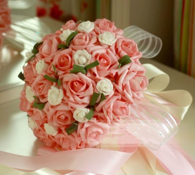 Korean Wedding Flowers: Bride Holding Flower Bouquet Korean Wedding Bouquet