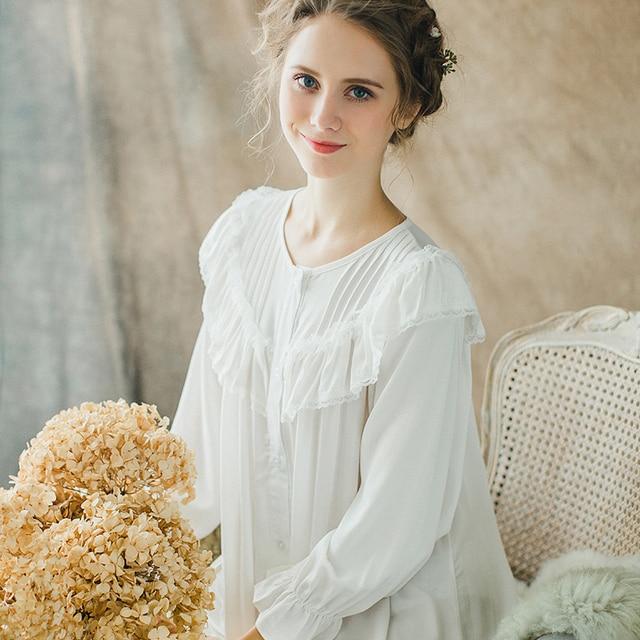 312da41501e Осень 2017 г. хлопковая ночная рубашка для женщин с длинными рукавами  принцесса Кнопка Ночная рубашка