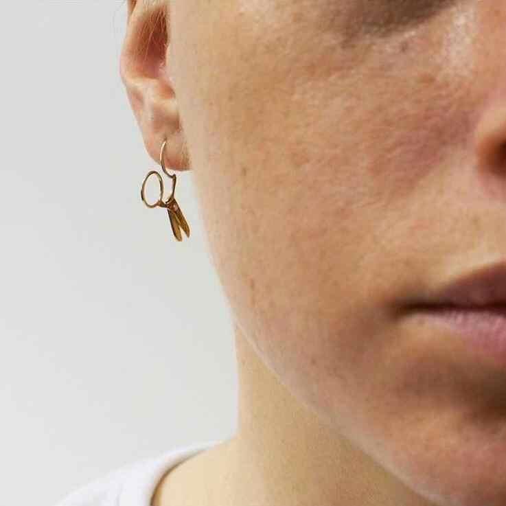 2018 New 1 Pair Gold Silver Color Scissors Shape Studs Earrings for Women Girl gift Tiny Metal Stud Earring Statement Earrings