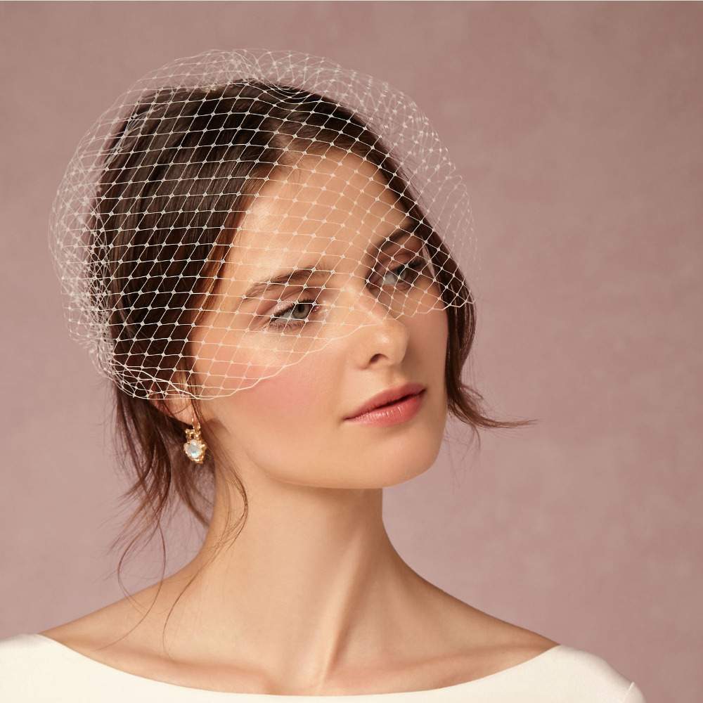 font b Classical b font Short Wedding Veil With Comb Bridal Hair Accessories Full Birdcage