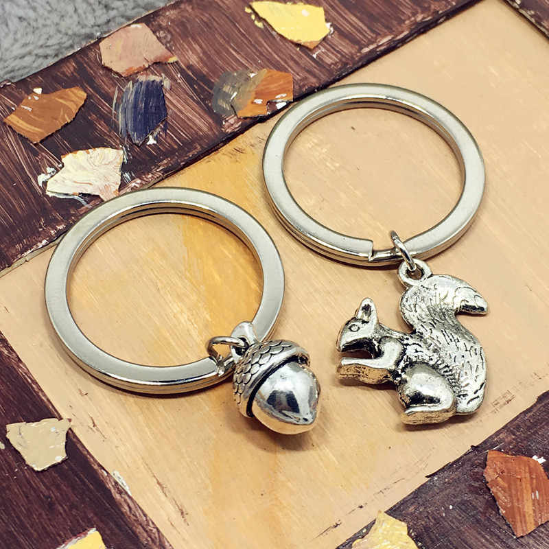 keychain 3D Squirrel Pinecone Acorn Nut Small Animal Charm Pendant Keychain Fashion Alloy Jewelry Men Women Couple Key ring