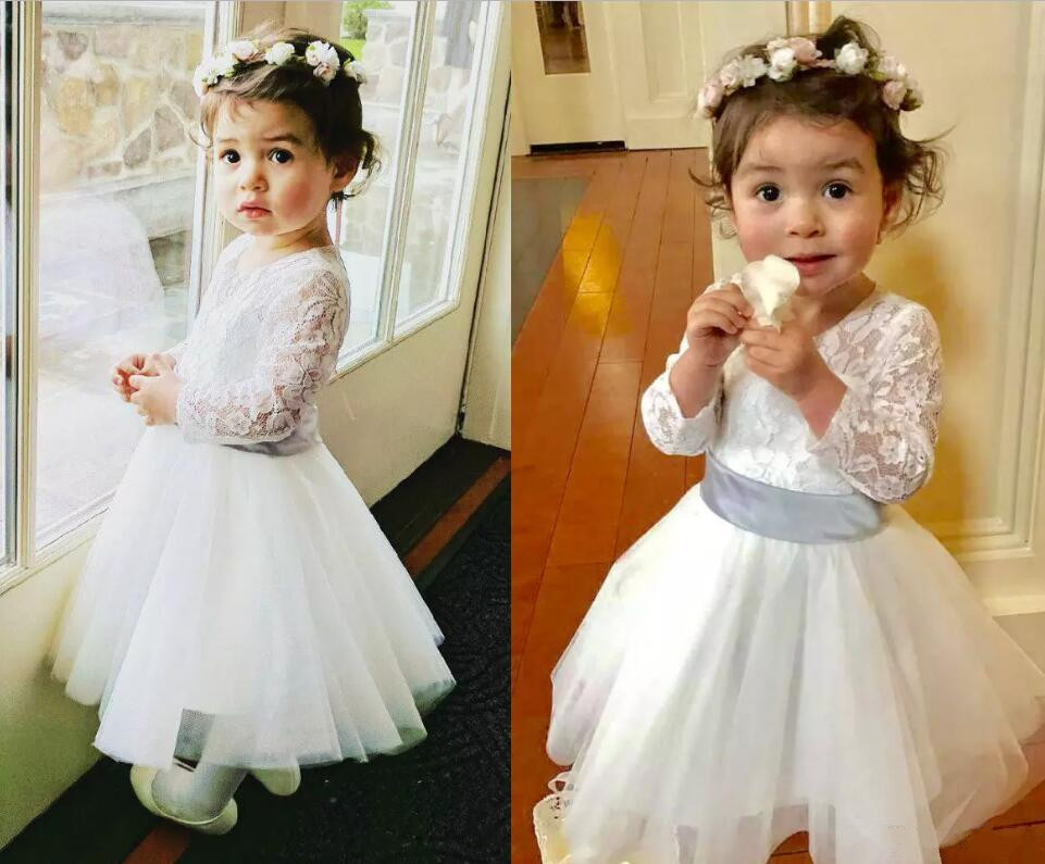 Фотография Long Sleeve Flower Girl Dresses For Wedding Lace Applique Tulle Little Girls Jewel Neck Pageant Gown Custom Made