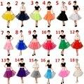 2017 A-Line Curto Underskirt Petticoat Colorido Curto Na Altura Do Joelho Tulle Nupcial Anágua Anáguas Para Vestido de Noiva venda Quente