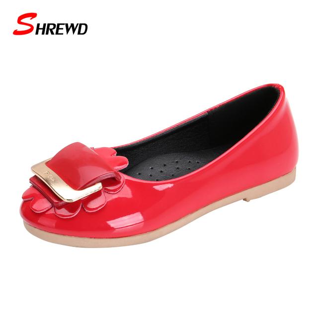 Shoes para niñas niños primavera 2017 nueva moda de cuero flor shoes girls simple color sólido niños shoes plantilla 16-21.8 cm 9662 w