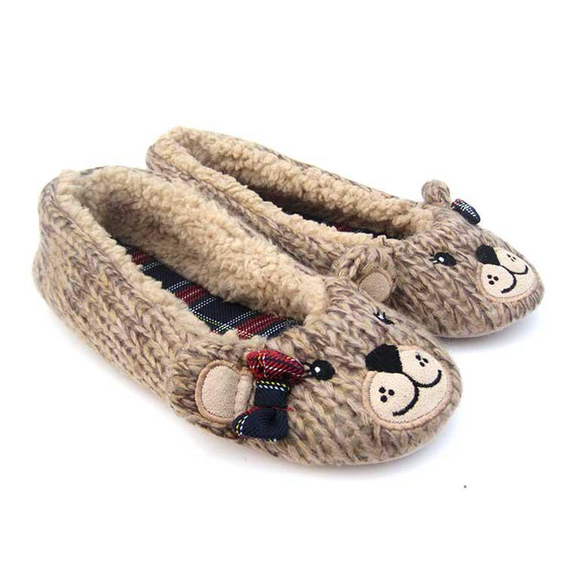Indoor Slippers 2017 Cartoon Bear slippers, lovely confinement shoes, bedroom mute shoes, Lovely and warm indoor slippers