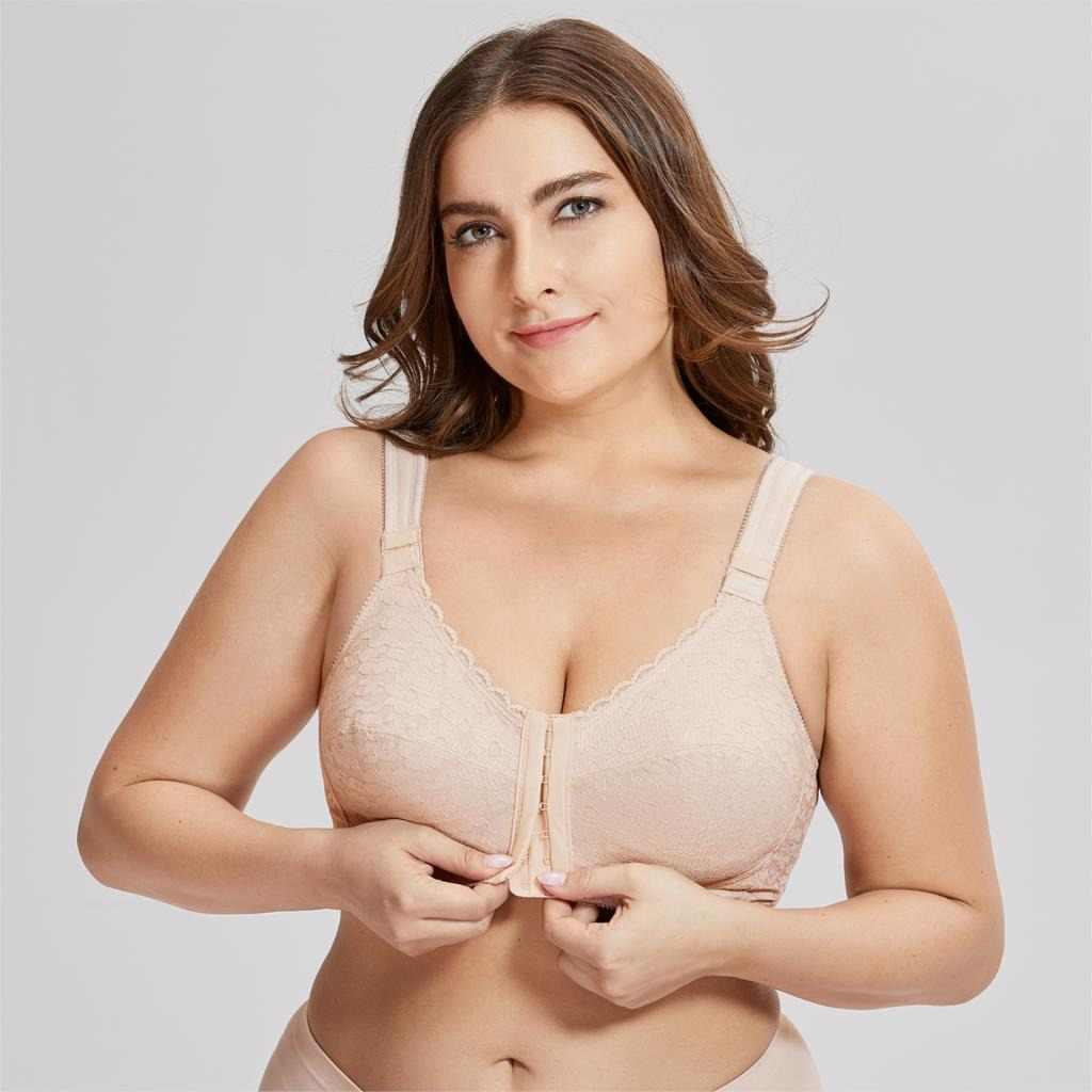 008e855f457 Women s Full Coverage Posture Corrector Front Closure Wireless Back Support  Lace Bra Plus Size 38-