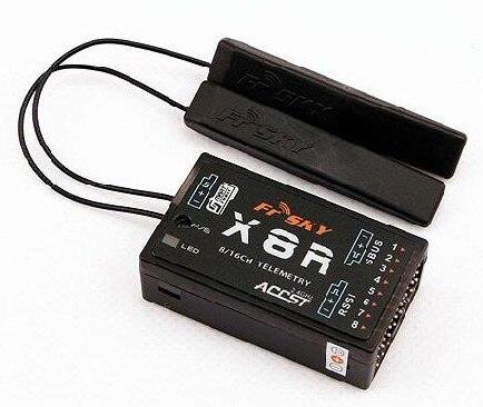 Livraison gratuite FrSky 2.4G Smark Port 8/16ch télémétrie récepteur X8R pour Taranis X9D émetteur-antenne PCB