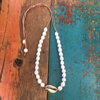 234ce0c091fa Boho Puka naturales cowrie Shell collar de la Declaración de las mujeres  Perla Barroca bijoux gargantilla collar Collier de coquillages de joyería  2018