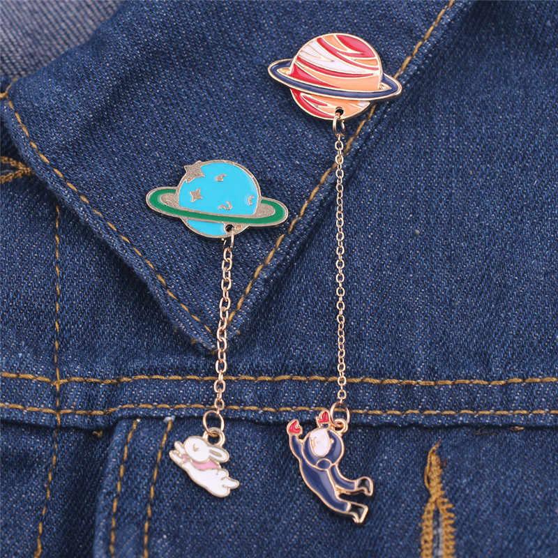 Galaxy MOON Kosmik Planet Bros Lencana untuk Wanita Pria Perhiasan Kelinci Astronot Perhiasan Rantai Pin Lucu Enamel Hadiah