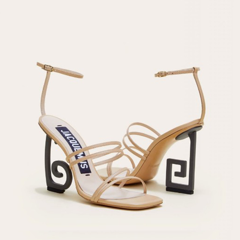 2019 Europe and the United States new sexy buckle high-heeled sandals personality open toe with high heels.2019 Europe and the United States new sexy buckle high-heeled sandals personality open toe with high heels.