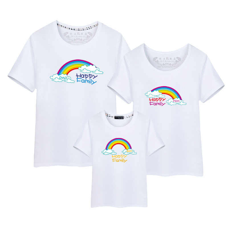 4ed98f8a0123 2018 New Family Look Cotton Mother Father Son Daughter Clothing Family  Matching Outfit Summer Short Sleeve