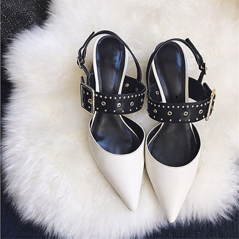 18 summer new womens shoes Europe and America rivet pointed buckle with thick square high heel womens cool shoes.18 summer new womens shoes Europe and America rivet pointed buckle with thick square high heel womens cool shoes.