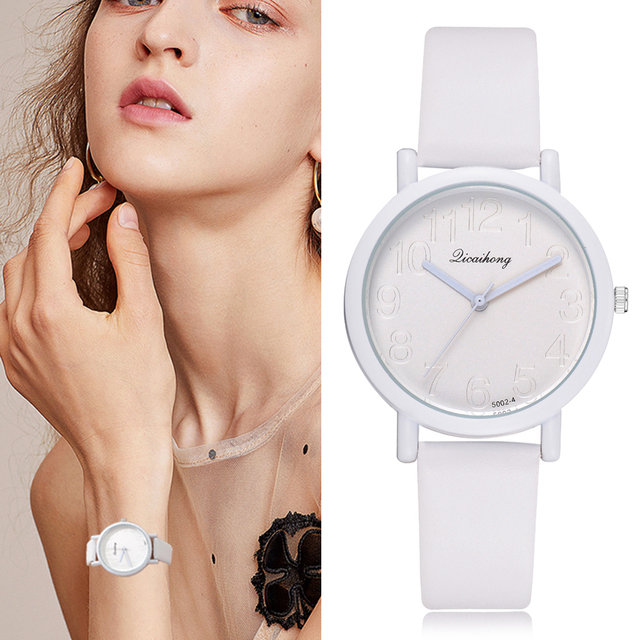 2018 Watch Women Brand Vintage Macaron Leather Luxury Watch Casual White Gold Fa