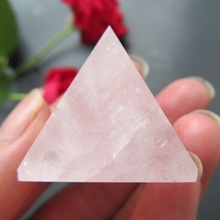 Fashion Energy Healing Feng Shui Egypt Egyptian Crystal Clear Rose Quartz Pyramid Ornament Home Decor Living Room Decoration