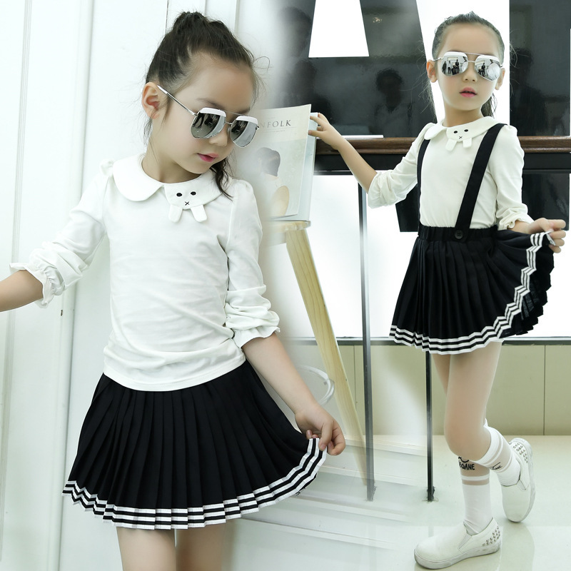 ФОТО Girl Half-body Child Straps Pleated New Pattern Princess Spring Clothes Children Short 2 Pieces Kids Clothing Sets