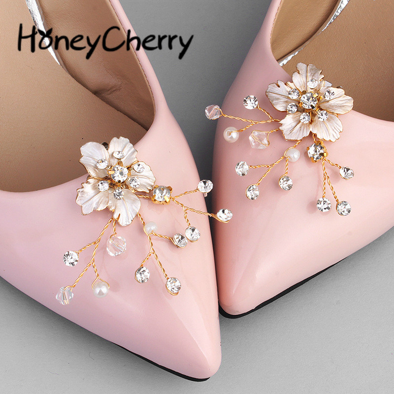 New Simple Bride Wedding Jewelry In Europe And America Water Diamond Pearl Shoe Button AccessoriesNew Simple Bride Wedding Jewelry In Europe And America Water Diamond Pearl Shoe Button Accessories