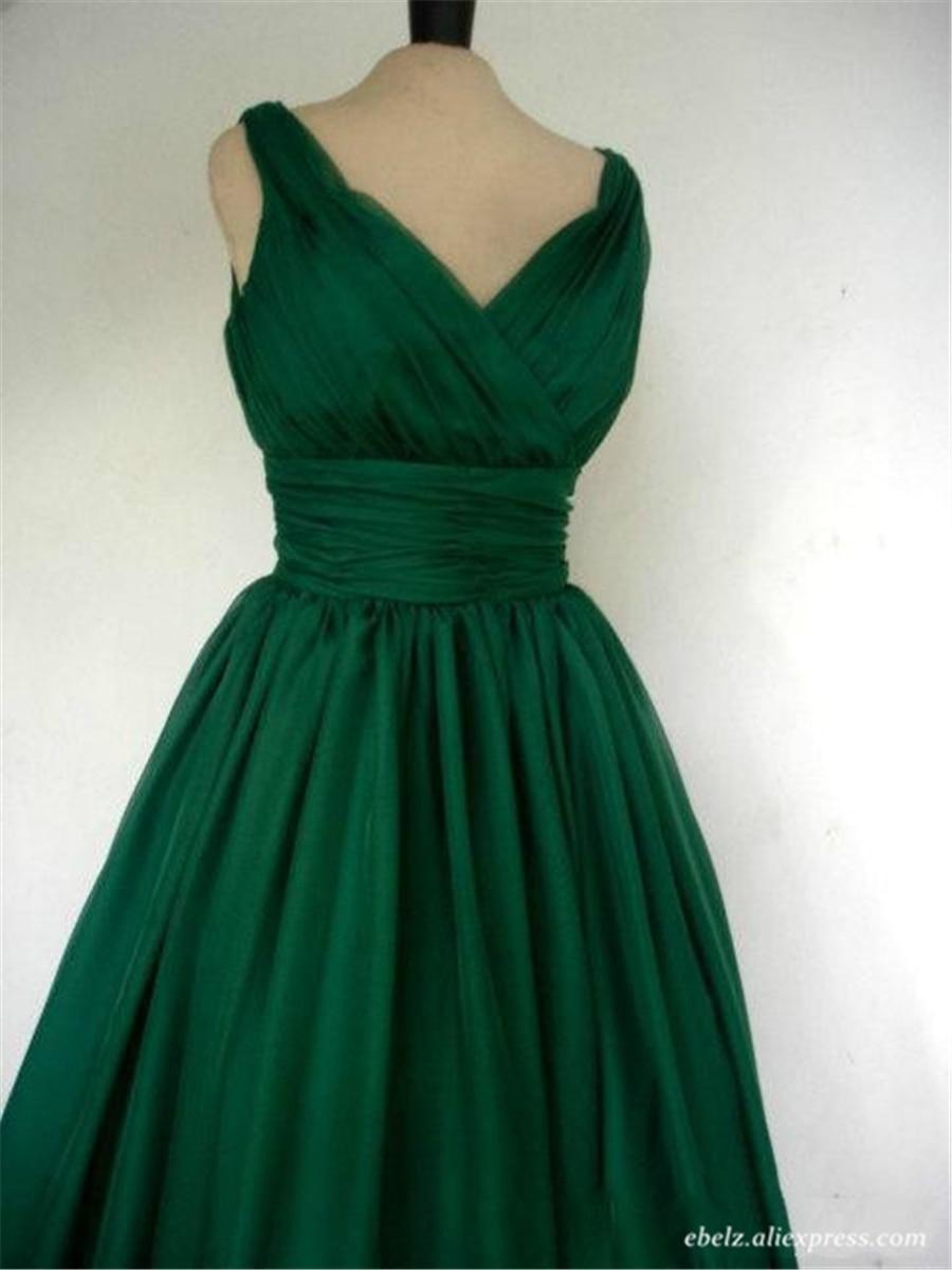 Sleeveless Emerald Green Cocktail Party Dress Vintage Tea Length Chiffon  Overlay Elegant Cocktail Dress Plus Size 20W 22W 24W-in Cocktail Dresses  from ... f3dea7376754