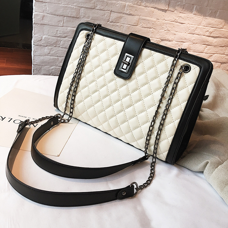 fd84df57f8e4 US $17.97 42% OFF|2019 Large Shoulder Bag Women Travel Bags Leather Pu  Quilted Bag Female Luxury Handbags Women Bags Designer Sac A Main Femme-in  ...
