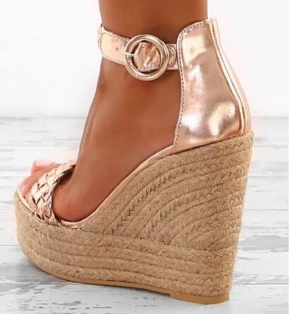 Gros Champagne en cuir métallique sandales à talons compensés armure tresse plate-forme dames robe d'été chaussures boucle sangle dames chaussure compensée