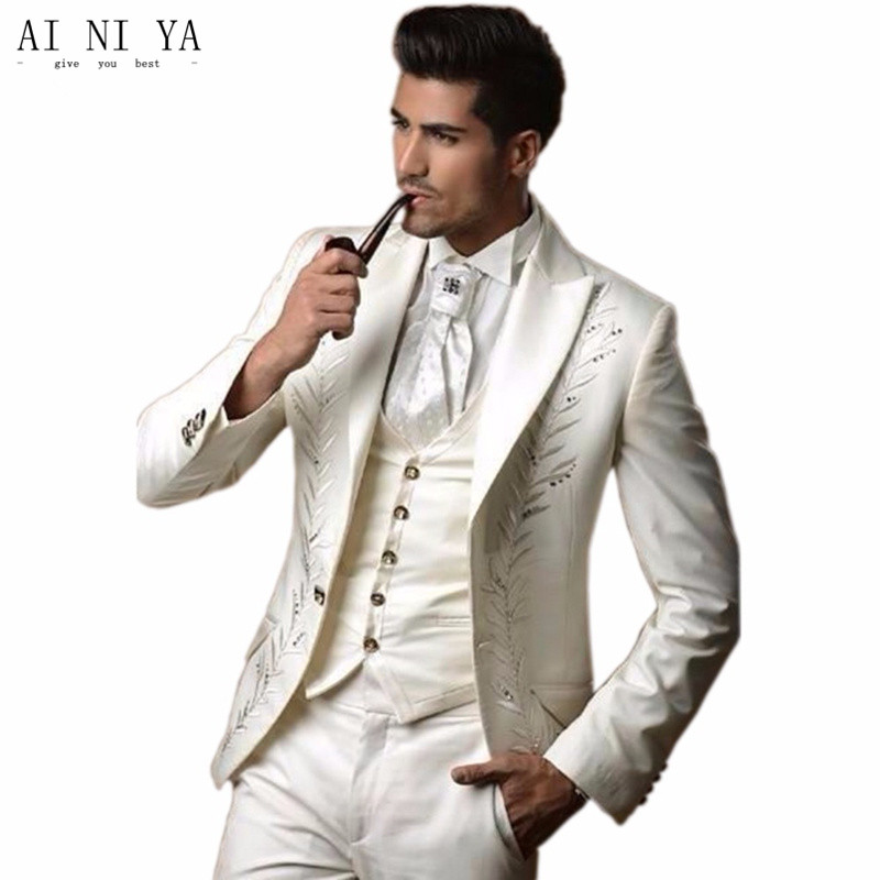 Fashionable men's suit The groom's suit embroidery wedding dress suit the groom's best man Custom (coat + pants + vest, tie)