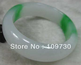 จัดส่งฟรี>>>>> 909307ธรรมชาติที่สวยงามสีขาวสีเขียวหยกJADEITEสร้อยข้อมือกำไล60มิลลิเมตร