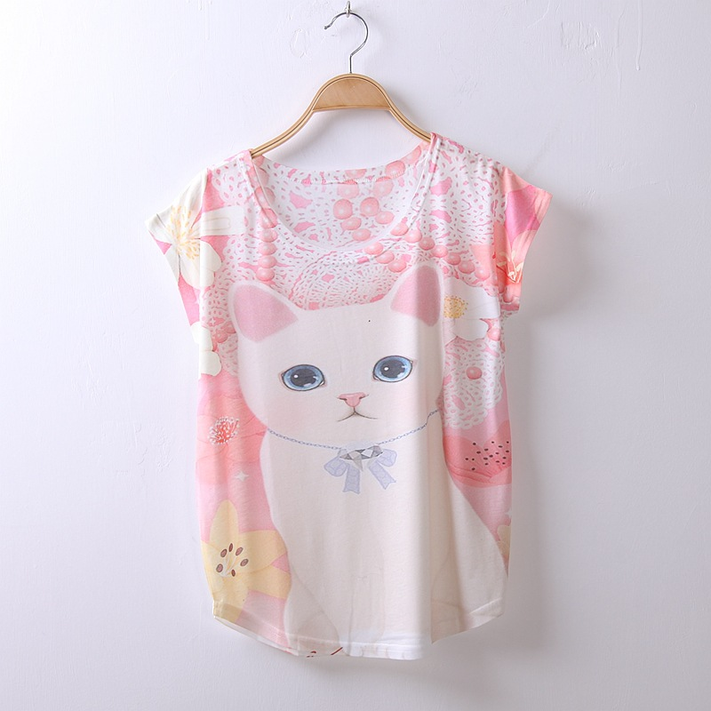 15 pattern Ayumi Girls Short sleeve T shirt Fashion Cute Harajuku T shirts Japanese style Character Printed Cartoon White Tops