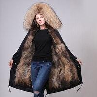 Пальто свитер из натуральных материалов длинное пальто с женщиной и зоопарком