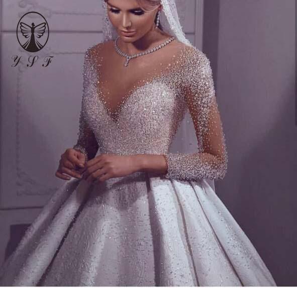 Luxury Vestidos De Novias O Neck Beaded Crystals Bling Bling Pleated Floor Length Long Sleeve Ball Gown Puffy Wedding Dresses