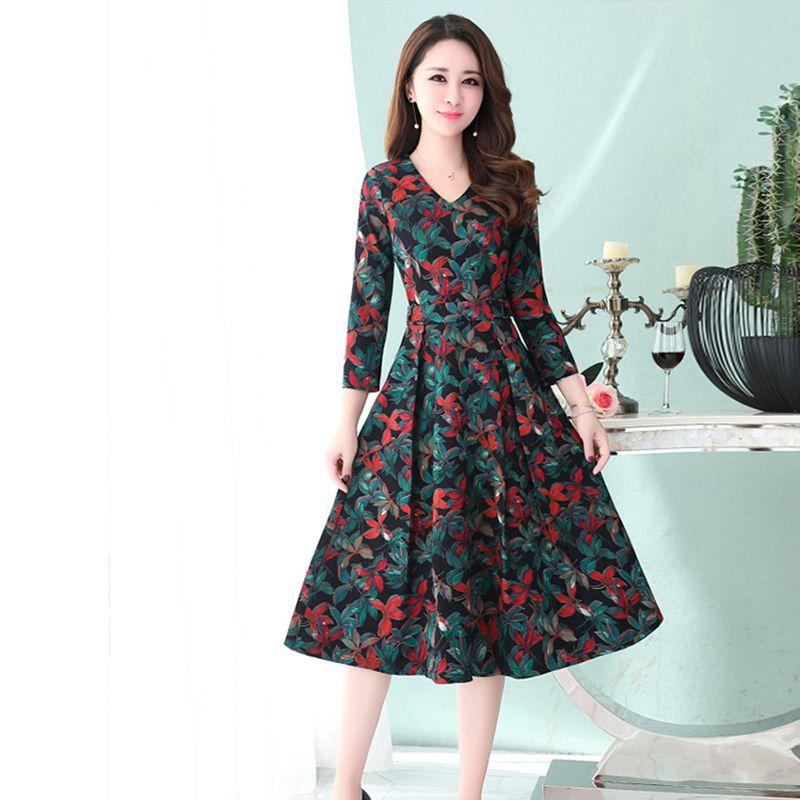 Women's V-Neck 34 Sleeve A-Line Midi Floral Print Dress With Sash Knee-length Nipped Waist Vintage Dress