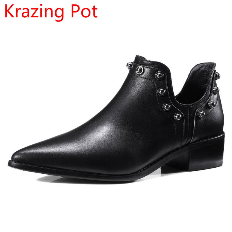 New Arrival Genuine Leather Chaussure Rivet Med Heels Ankle Boots Women Pointed Toe Winter Shoe Metal Femme Punk Style Boots L99 peacock crystals slingbacks 8cm chunky heels open toe summer shoe sandals chaussure femme de marque chaussure femme talon ouvert