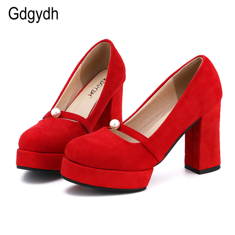 цены Gdgydh New 2017 Women Pumps Mary Janes Shoes Heel Round Toe Shallow Mouth Platform Thick Heels Red Flock Women Wedding Shoes