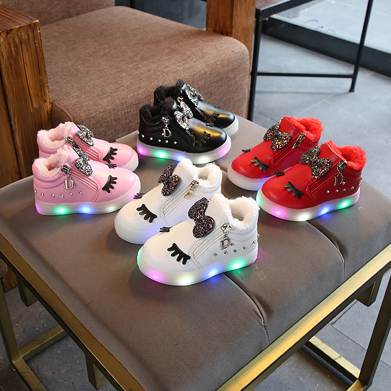 LED lighted children causal boots Lovely warm keep kids sneakers Fashion high quality cute baby boys shoes fur cartoon footwear 2018 led lighted lace up cute baby girls boys sneakers princess lovely kids sneakers glitter fashion children causal shoes