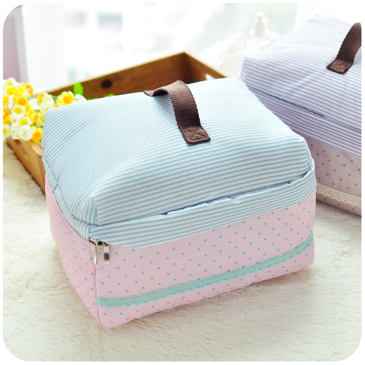 new arrival large capacity cosmetic bag Korean style cute spotty ...