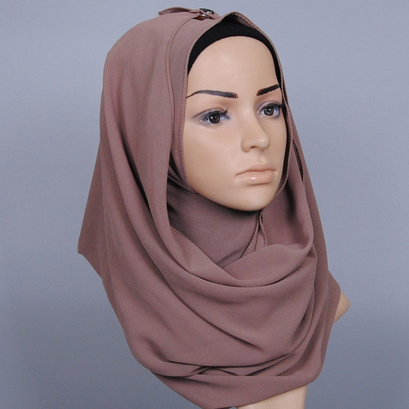 2018 Women Plain Bubble Chiffon Instant Hijab Shawl Ladies Summer Thick Foulard   Scarves     Wrap   Bandanas Sjaal Bufanda Muslim Snood