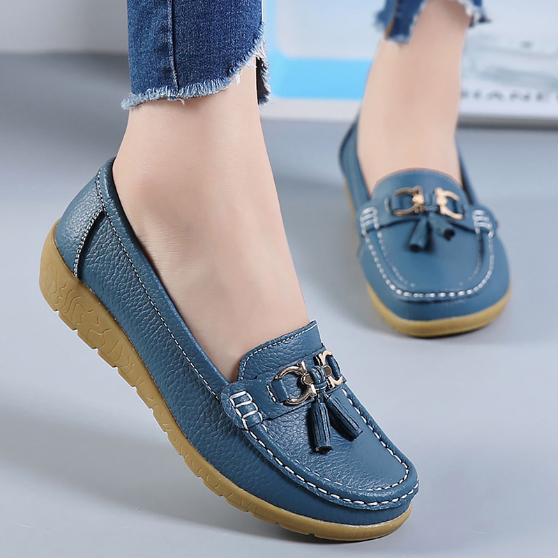 Flat shoes women Genuine leather Fashion casual Superstar ladies loafers fringe solid female shoe Soft Plus size 42 44