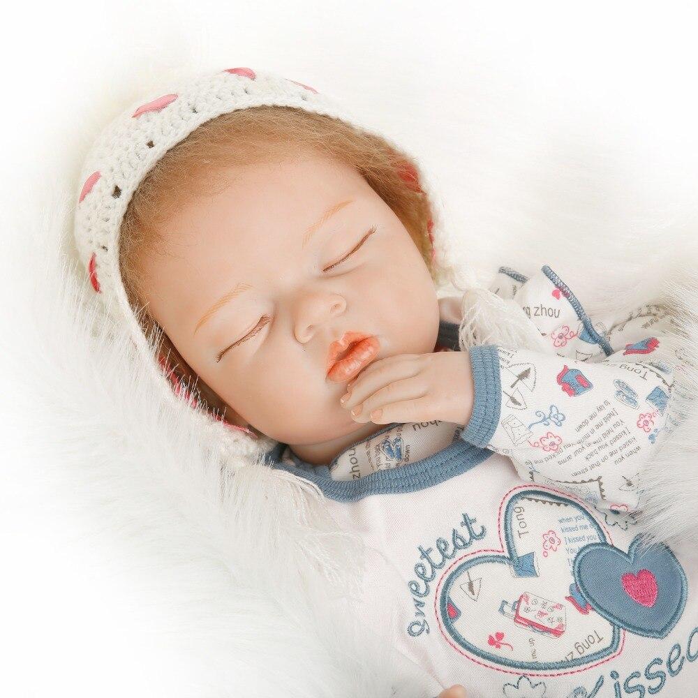 SanyDoll 22 pouces 55 cm bébé reborn poupées en Silicone, poupée réaliste reborn belle ensemble poupée de couchage cadeau de vacances