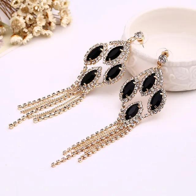 YFJEWE Queen Sexy Black Acrylic Rhinestone Tassel Earring For Women Sparkling Noble Formal Dress Dinner Long Earrings E070