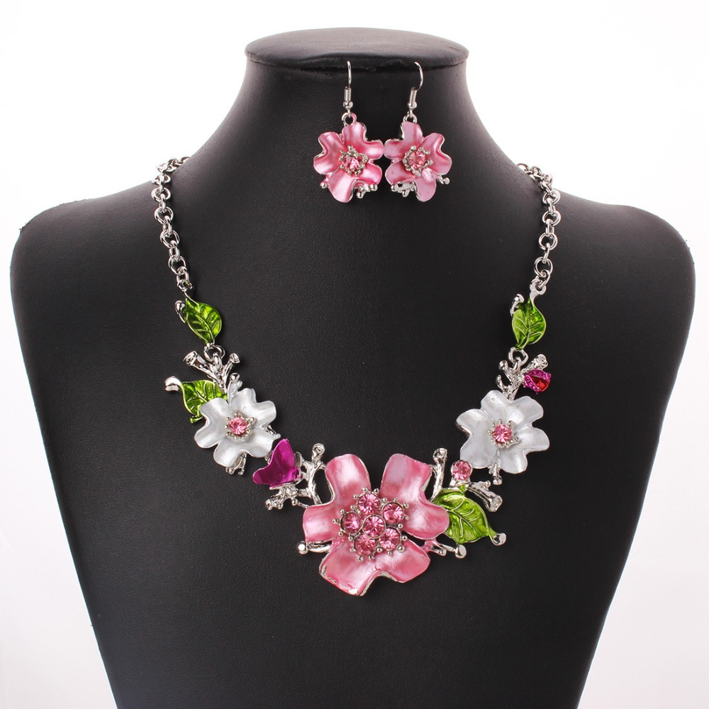 Trendy Pink Flower Shape Studded Water Drop High Grade Crystal Flower Shape 2Pcs Statement Necklace Earrings Women Jewelry Sets in Jewelry Sets from Jewelry Accessories