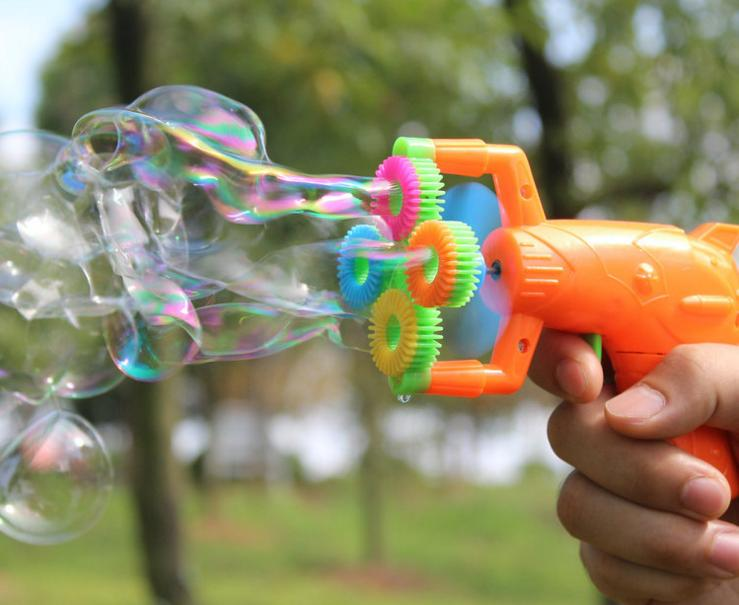129cm-Electric-Soap-Bubble-Gun-No-liquild-5-battery-power-Automatic-Bubble-Water-blowing-machine-kids-holiday-water-gun-d22-3
