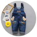 Sling / Jeans / little boys and little girls in fashion 1-3 years old boys and girls wearing fashionable jeans light wash water