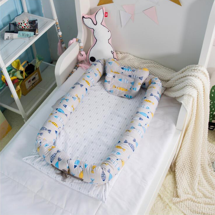Купить с кэшбэком Baby Nest Bed, Baby Bassinet for Bed, Newborn Infant Co-Sleeping Portable Cribs & Cradles Lounger Cushion