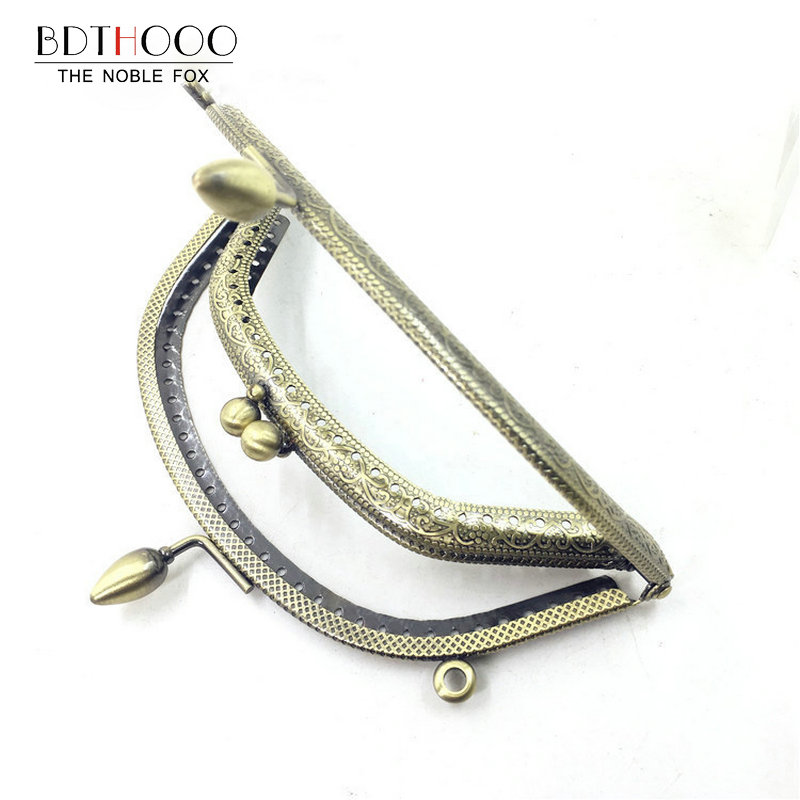 Image 5 - 10pcs/ Set 14cm Metal Purse Frame Handle for Clutch Bag Handbag  Accessories Making Kiss Clasp Lock Antique Bronze Bags Hardwarepurse  frame handlekiss clasppurse frame