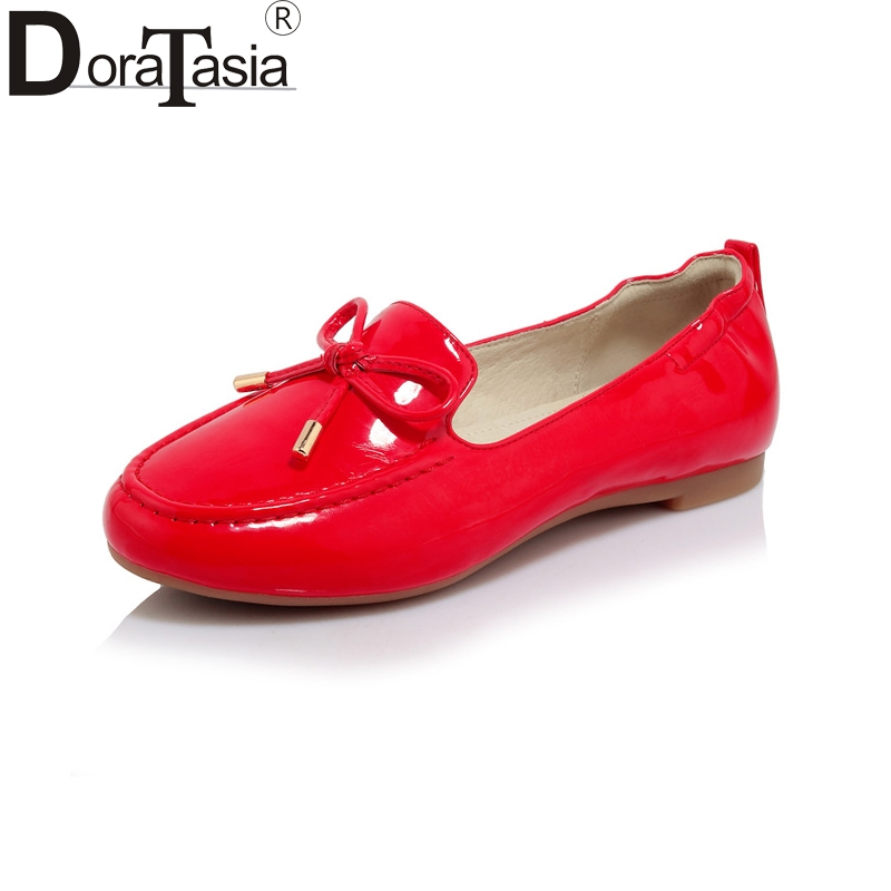 DoraTasia New women's Patent Leather Flat slip-on Bowtie Solid Round Toe Shoes Woman Casual Spring Flats Black Big Size 34-40 new arrival spring floral flat shoes women casual flats cotton fabric shoes woman round toe slip on ladies big size shoes eu42